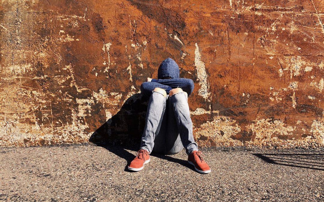 ¿POR QUÉ ALGUNOS ADOLESCENTES FALTAN EL RESPETO A SUS PADRES?